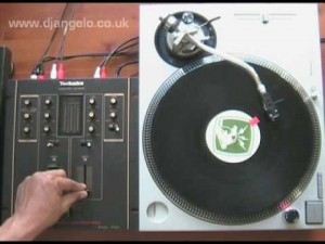 DJ Technique Tutorial – Stab Scratch
