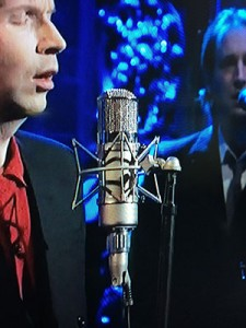 What Microphone Did Beck Use On Saturday Night Live?