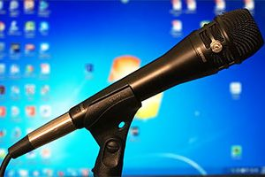 Our Review Of The Shure Dualdyne KSM8 Handheld Dynamic Microphone